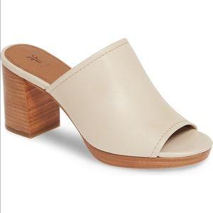 Frye Blake Off White Leather Mule Size 9